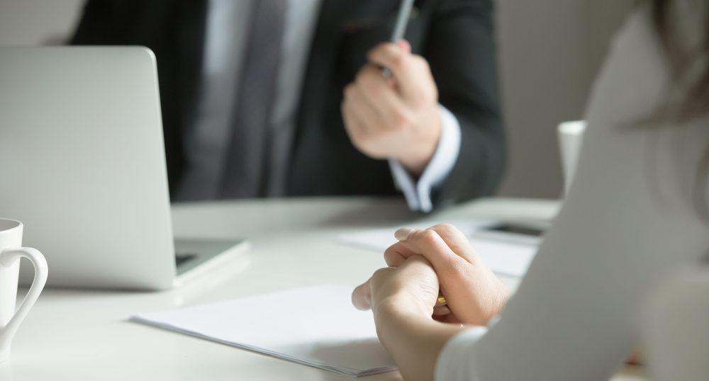 水商売・キャバ嬢から転職!履歴書の書き方やポイントを紹介