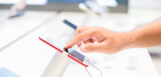 夜職から昼職への転職!携帯ショップの仕事内容とは?