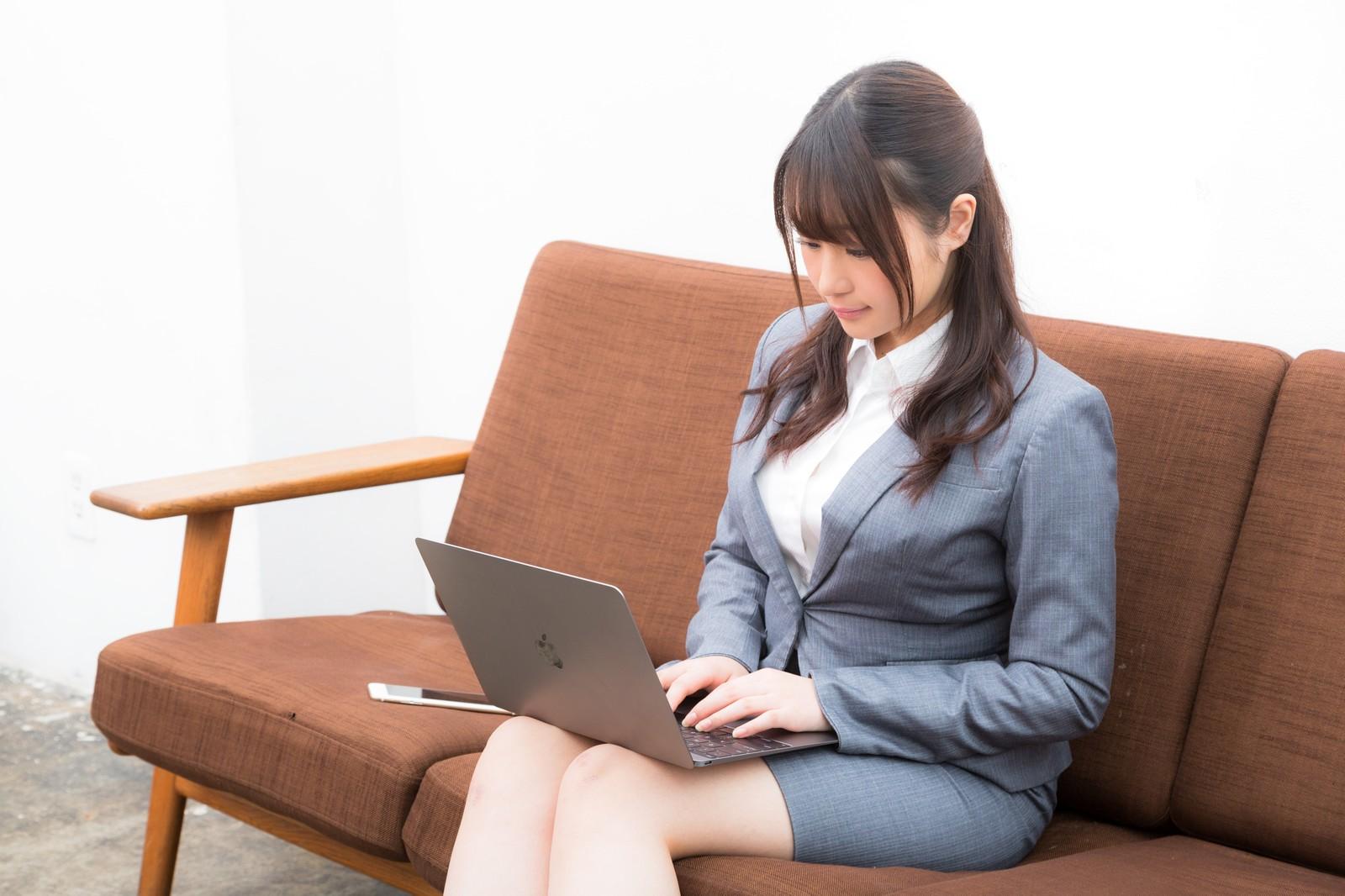 どんな昼職でもビジネスマナーは必要か?