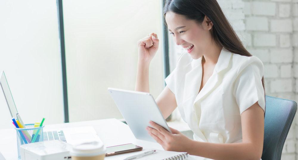 昼職は夜職に比べて給料が安い?リアルなお金事情と考え方